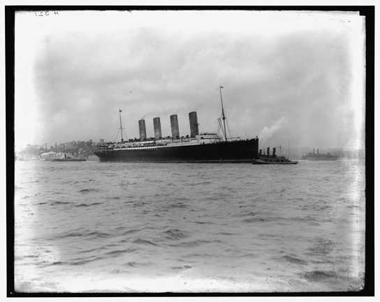 RMS Lusitania coming into port, possibly in New York, 1907-13, Library of Congress, Prints and Photographs Division, Detroit Publishing Company Collection.
